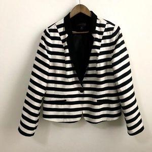 Worthington Blue and White Striped Blazer XL